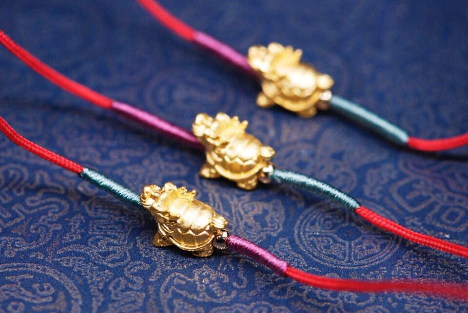 千足金红绳手链